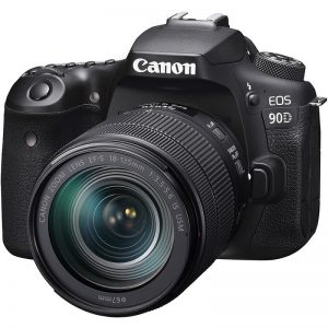 Canon EOS 90D + 18-135mm IS USM